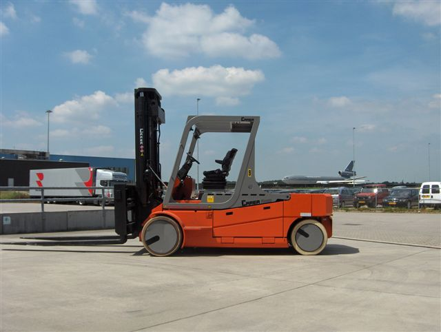 Airport duty forklift with non-marking tires handles cargo bay load sizes